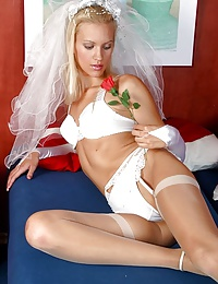 Sexy bride Pretty displays her intimate spots