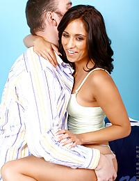 Erotic reena getting licked on her cute nipples by hunk stud