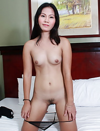 This attractive escort girl gives head and rides a cock before being generously creamed