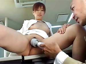 Japanese girl gets karaoked and fingerfucked deep