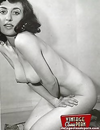 Cute vintage amateurs showing their sexy natural bodies